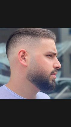 Mens Haircut Shaved Sides, Fade Haircut With Beard, Short Hair With Beard, Short Fade Haircut, Beard Fade, Beard Styles For Men, Hair And Beard Styles, Short Hair Styles Men, Mens Hairstyles Thin Hair