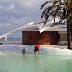 #mequedomuerta en el chalé de Cotorruelo aka 'el platillo volante' del arquitecto Fernando Garrido Rodríguez (años 60) en La Manga del Mar Menor