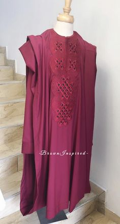 Latest in Agbada African Dresses Men, African Attire For Men, African Clothing For Men, African Wear, Nigerian Men Fashion, African Print Fashion, Kaftan Men, African Fashion Traditional, Fashion Wear