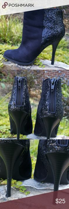 """Mossimo black sparkle ankle zipper high heel boot Mossimo two-tone black suede-like sparkle ankle zipper high heel boot. Worn just a couple of times, in excellent pre-owned condition from a smoke-free home. No discoloration.   Size 7  Heel height is approximately 4""""  EBW/B2 Mossimo Supply Co. Shoes Ankle Boots & Booties"""