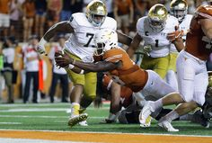 Tyrone Swoopes : College football: Best images from Week 1 Texas Longhorns Football, College Football, Football Helmets, Alabama, Tennessee, Image, Collage Football