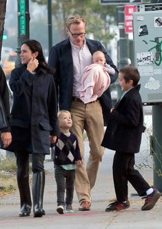 Jennifer Connelly and Paul Bettany Out for a Stroll
