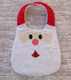 Santa baby bib by unfilotiralaltro on Etsy… Baby Sewing Projects, Sewing For Kids, Santa Baby, Baby Gifts To Make, Baby Bibs Patterns, Bib Pattern, Baby Crafts, Burp Cloths, Baby Accessories