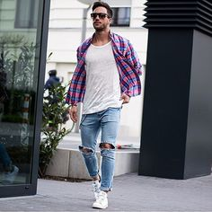 Ripped jeans with a flannel shirt men Also Learn 5 Different Ways to Style Your Flannel Shirt — Mens Fashion Blog - The Unstitchd