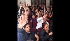 Para evitar que los integrantes del Sindicato Único de Empleados de la Universidad Michoacana se queden sin cobrar la primera quincena de octubre, la nueva fecha quedó establecida para el ...