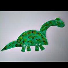 Dinosaur paper plate art.