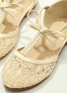 Creamy Ivory Pearl Lace Girls Shoes Wedding Shoes by laceNbling