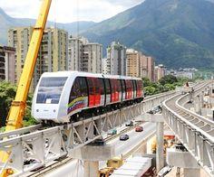 CableTren Caracas, Este aun no funciona, pasa por la recta de la Urbina hacia mariche... @ninonpazos