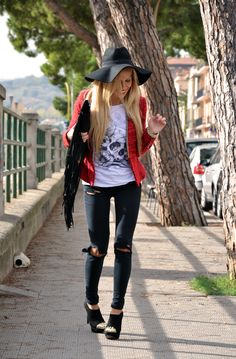 Ripped Jeans DIY tutorial, tract t-shirt, ankle boots fall winter 2013, H&M fedora hat, Elisabetta Franchi borse e pochette – outfit fashion...
