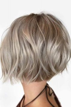 100 Mind-Blowing Short Hairstyles for Fine Hair Choppy Rounded Ash Blonde Bob Ash Blonde Short Hair, Short Hair Cuts, Styling Short Hair Bob, Choppy Bob Fine Hair, Dark Ash Blonde, Short Bob Cuts, Blonde Layers, Short Hair Lengths, Blonde Brunette