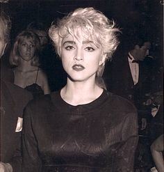 Madonna Hair, Madonna Looks, Lady Madonna, Madonna 80s, Lady Gaga, Guinness, Madonna True Blue, Madonna Pictures, Grown Out Pixie