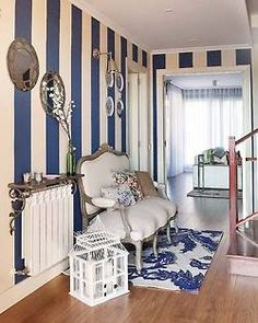 striped hallway/shelf over radiator Striped Hallway, Striped Walls, Interior Design Courses, Sweet Home, Floral Cushions, Little Corner, Modern Vintage Homes, Blue Rooms, Take A Seat