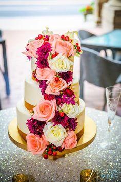 Gorgeous wedding cake by by Cakes by Anna in Alpharetta, Ga www.cakesbyanna21.com