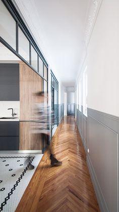 Suelo de diseño #ArtFactoryHisbalit  📐 :@luisjaguilar_arch  🔨:@rgs_arquitectura,#albacastillon,@alicity_ 📸 @marcoscorteslerin Mosaic Floors, Arch, Kitchens, Stairs, Flooring, Home Decor, Mosaics, Architecture, Houses