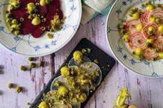 Laksepirog med dildcreme - Myfoodblog.dk Vegetable Pizza, Sushi, Salmon, Brunch, Vegetables, Food, Meal, Essen, Vegetable Recipes