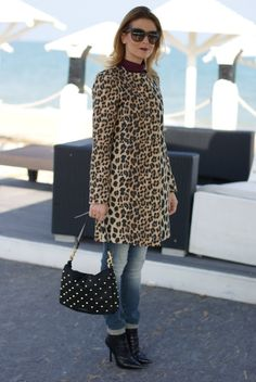 Vale from Fashion and Cookies in a leopard print coat. Leopard Outfits, Animal Print Outfits, Leopard Fashion, Animal Print Fashion, Winter Outfits, Casual Outfits, Cute Outfits, Fashion Outfits, Womens Fashion