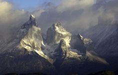 Torres del Paine sunrise photo by Richard Duerksen http://www.fotopedia.com/items/nDSG4ZnjM3w-MtGn5_DPsfw