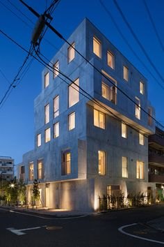 Hiroyuki Ito completes Tokyo housing block with staggered concrete silhouette.