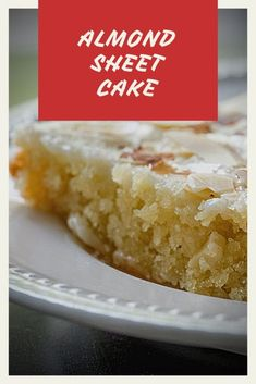 Brunch Dishes, Food Dishes, Baking Dishes, Side Dishes, Almond Sheet Cake Recipe, Sheet Cake Recipes, Almond Cake Recipes, Baking Recipes, Party Recipes