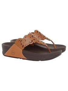 a0c00c51c91b3b Fitflop Women s Flora Flip Flop Sandal Fitflop