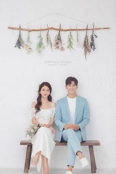 View photos in 2019 The Face New Sample. Pre-Wedding photoshoot by The Face Studio, wedding photographer in Seoul, South Korea. Korean Wedding Photography, Wedding Couple Poses Photography, Wedding Poses, Wedding Couples, Korean Couple Photoshoot, Pre Wedding Photoshoot, Couple Posing, Bride, Farm Wedding