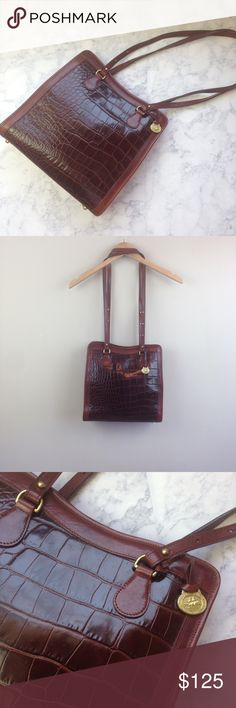 """BRAHMIN handbag croc alligator crocodile purse bag Nice Brahmin bag!  has only a small scuffed place on the back see photos  has an exterior pocket on the back  has a hanging zipper pocket inside with two pen holders  inside is also a key chain clip  11"""" tall 11"""" wide 4.5"""" thick 16"""" strap drop  PLEASE CONTACT ME with any questions orconcerns beforeor after a purchase! i am here to help! :) Brahmin Bags Shoulder Bags"""
