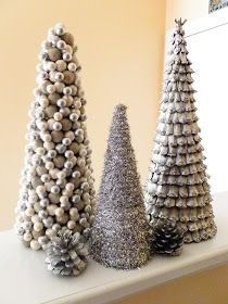 Little Bits of Home: Christmas Tree Crafts