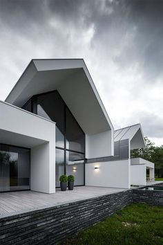 Inspiration of the latest modern house designs architecture Modern Architecture House, Beautiful Architecture, Residential Architecture, Modern House Design, Interior Architecture, Contemporary Buildings, Contemporary Design, Chinese Architecture, Villa Design