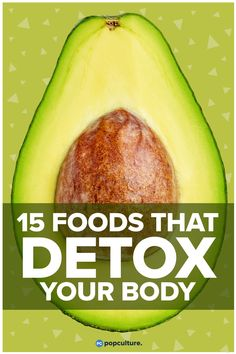 How to make detox smoothies. Do detox smoothies help lose weight? Learn which ingredients help you detox and lose weight without starving yourself. Detox Juice Cleanse, Detox Juice Recipes, Detox Kur, Detox Juices, Body Cleanse, Juice Cleanses, Stomach Cleanse, Full Body Detox, Detox Your Body