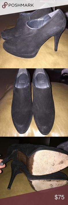 "Stuart Weitzman booties 7 In good condition with minor wear. Pictures taken with flash to show better but they are not faded. Size 7. I wear 7.5-8 but these fit me perfect. Heel is 4"". NO BOX Stuart Weitzman Shoes Ankle Boots & Booties"