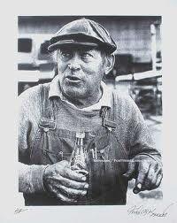 "Kenneth ""Von Dutch"" Howard later in life. Hudson Terraplane, Ken Howard, Pinstripe Art, Von Dutch, Signwriting, Rat Fink, Lettering Styles, Kustom Kulture, Pinstriping"