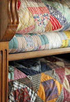 ~I love old quilts - family quilts with stories behind them. I always feel wrapped in the arms of my loved ones when I cover with one their handmade quilts~ Old Quilts, Antique Quilts, Vintage Quilts, Scrappy Quilts, Quilt Display, Quilt Storage, Country Quilts, Farmhouse Quilts, Textiles