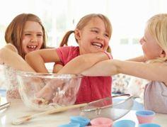 Insegnare ai bambini la fisica e la chimica attraverso il cibo.   L'idea di una mamma è diventata una #startup e un programma di educazione alimentare adottato da più di 180 classi. http://ow.ly/vv53b