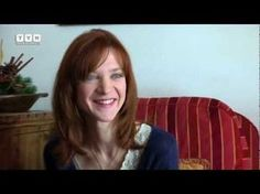 Profiling - Odile Vuillemin presenta Chloé Saint-Laurent