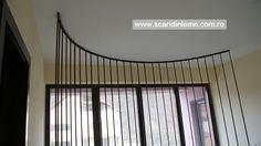 scari interioare din lemn cu trepte suspendate pe corzi detaliu
