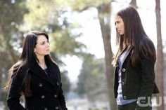 The Vampire Diaries Video: Watch the Vampire Diaries full episodes, previews, clips, interviews and more video. Two vampire brothers - one good, one evil - are at war for Elena's soul in the small town of Mystic Falls, Virginia. Based on the series of books by L. J. Smith. CAST: Nina Dobrev Paul Wesley Ian Somerhalder Steven R. McQueen Sara Canning Katerina Graham Candice Accola Zach Roerig Kayla Ewell Michael Trevino Chris William Martin