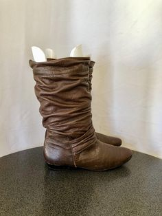 d0b8a47d868 2457 Best Vintage boots images in 2018 | Vintage boots, 1990s, Brow