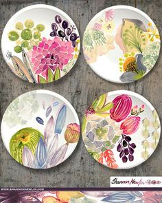 Painting with underglazes China Painting, Ceramic Painting, Ceramic Artists, Pottery Plates, Ceramic Pottery, Pottery Art, Pottery Painting Designs, Pottery Designs, Hand Painted Plates