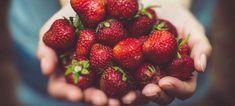 Full of Veggies Vegan Menu Plan makes healthy eating easy and delicious! Menu Vegan, Carb Cycling Diet, Cocina Natural, Freezer Jam, Red Fruit, Strawberry Fruit, Fruit Food, Strawberry Fields, Strawberry Butter