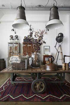 Harvest_&_Co._0062 by Nicole Franzen Photography on Flickr. Industrial Shop, Industrial Farmhouse, Farmhouse Design, Industrial Style, Industrial Design, Vintage Industrial, Flower Room, Cozy Place, Decoration