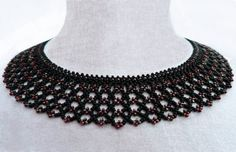 Free pattern for necklace Silvina