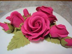 Uma ideia de como fazer flor para bolo (bem simples) - YouTube