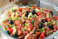Salade de fusili italienne végé :http://roxannecuisine.com/recette/salade-de-fusili-italienne-vege/
