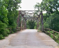 the swinging bridge, been there.  it is not far from the farm where I grew up.