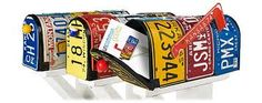 license plate mailboxes :D