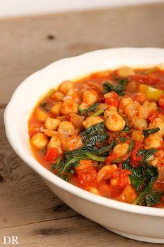 Kikkererwten, als je veganistisch wil gaan eten kom je allerlei recepten tegen met kikkererwten. Van hummus tot stoofpotten. Maar ik vind ki...