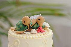 sea turtle cake topper: Blue Glass Photography: Island Bliss Weddings