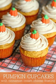 Delicious Pumpkin Cupcakes with Cinnamon Cream Cheese Frosting recipe. Soft and moist cinnamon and pumpkin cupcakes with a creamy frosting made with cream cheese, cinnamon, butter, vanilla, and powdered sugar. Pumpkin Cupcakes, Pumpkin Dessert, Thanksgiving Cupcakes, Spice Cupcakes, Cheesecake Cupcakes, Spice Cake, Pumpkin Cookies, Cupcake Recipes, Cupcake Cakes