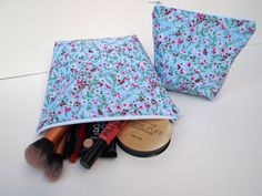 Hey, I found this really awesome Etsy listing at https://www.etsy.com/listing/249588165/cute-floral-make-up-bag-set-2-pack-make
