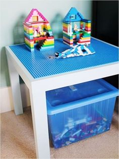 DIY Lego with storage shelves or boxes Ideas for girls and boys. Easy how to make an Ikea or thrift store coffee table into a play space for the kids. DIY Lego Table: Organise Your Kids' Toys - Organised Pretty Home Kids Crafts, Projects For Kids, Diy For Kids, Diy Projects, Project Ideas, Laquer Une Table, Table Lego Diy, Lego Play Table, Ikea Lack Table
